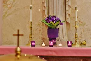 SMG Advent purple candles baptismal font 2020